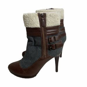 Elle Sherpa Lined Gray Heeled Ankle Boots SZ 9